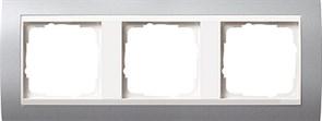 Рамка 3-поста для центральных вставок белого цвета, Gira Event Алюминий