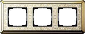 Рамка Gira ClassiX Art трехместная Латунь-кремовый 0213673