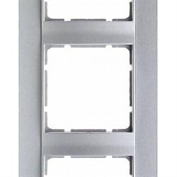 Рамка 3-поста вертикальная, Berker B.1 цвет: алюминий, матовый  10131404 - фото 3681