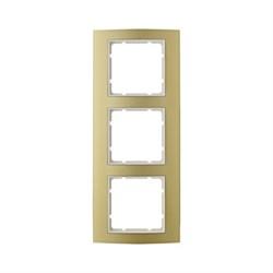Рамкa 3-поста, Berker B.3, Материал: алюминий цвет: золотой/полярная белизна 10133046 - фото 3760