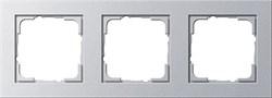 Обладающая повышенной прочностью Рамка трехместная Gira E2 Алюминий - фото 4010