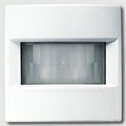 Автоматический выключатель 230 В~ , 40-400Вт, трехпроводное подключение, высота монтажа 2,2м Jung LS 990 Белый LS1280WW