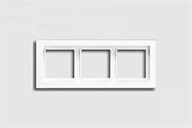 Рамка тройная для горизонтального/вертикального монтажа Jung LS design Альпийский белый LSD983WW