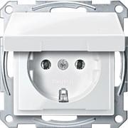 Розетка 1-ая электрическая , с заземлением и крышкой , Merten, Белый