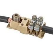 Силовая клемма Viking 3 - два вывода под кабель - шаг 42 мм (39010)