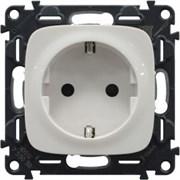 Электрическая розетка с заземлением с защитными шторками Valena Allure, автоматические клеммы (белый)