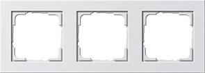Обладающая повышенной прочностью Рамка трехместная Gira E2 Белый Глянцевый
