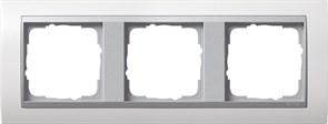 """Рамка 3-поста для центральных вставок """"алюминий"""", Gira Event Белый"""